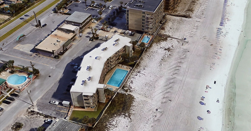 Beachside Manor