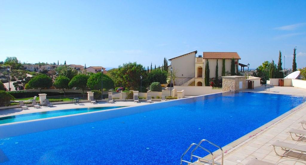 Luxury holiday apartment on Aphrodite Hills Resort, Cyprus, Golf and Leisure Resort
