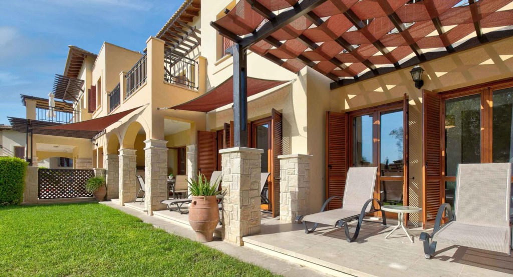 20. Luxury holiday apartment Aphrodite Hills Resort Cyprus_Garden Side 2.jpg