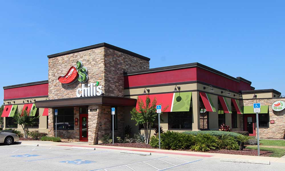 5 Mins to Chillis Bar and Grill