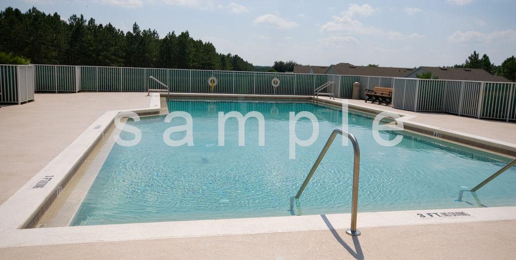 Huge Pool