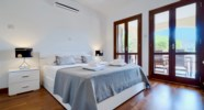 Apartment QZ02- Zephyros Village - Beautifully furnished master bedroom with en suite bathroom, Aphr