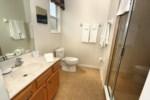 13_Bathroom_0721.jpg
