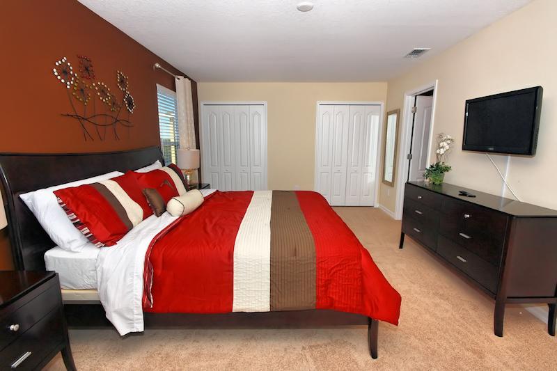 16 King Suite.jpg
