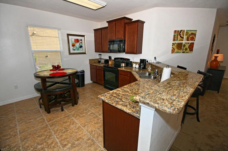 03-Kitchen_0921.jpg