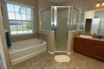 13_bathroom_0921.jpg