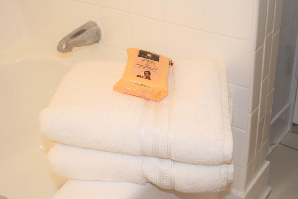 Casa Sea Esta Bath Towels and cocoa butter face wipes.