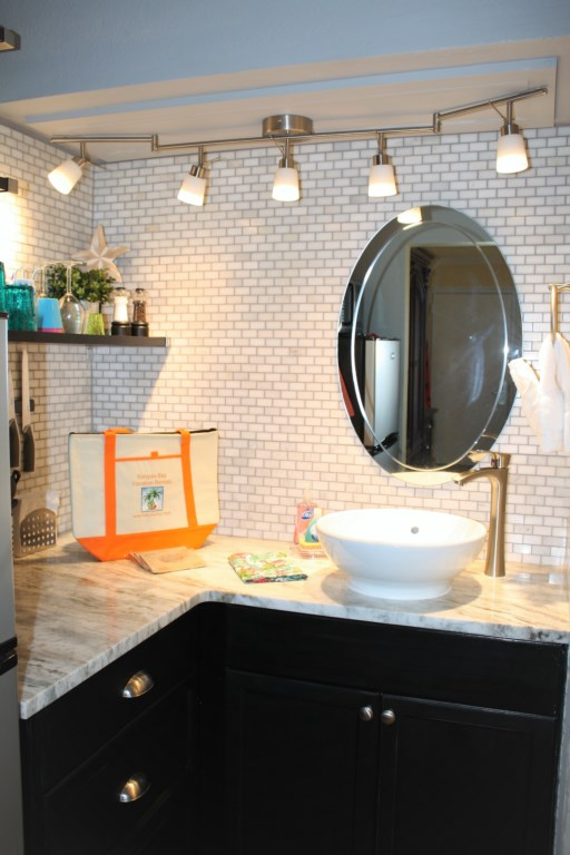 Casa Sea Esta Bathroom vanity/kitchenette with vessel sink.