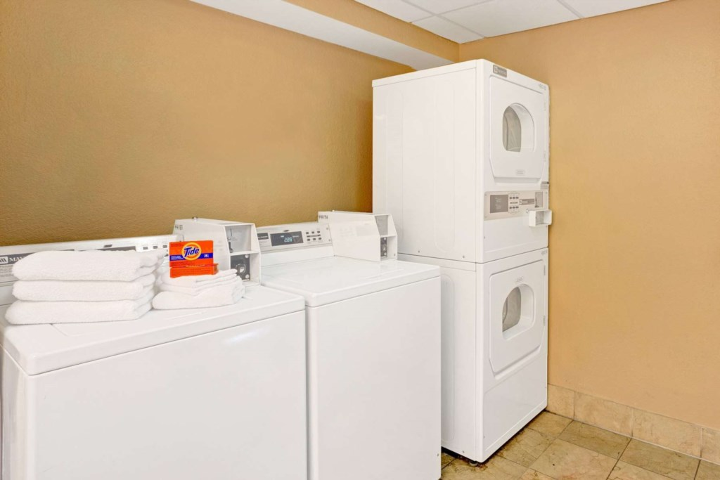 Coin Operated-Laundry-On-Site