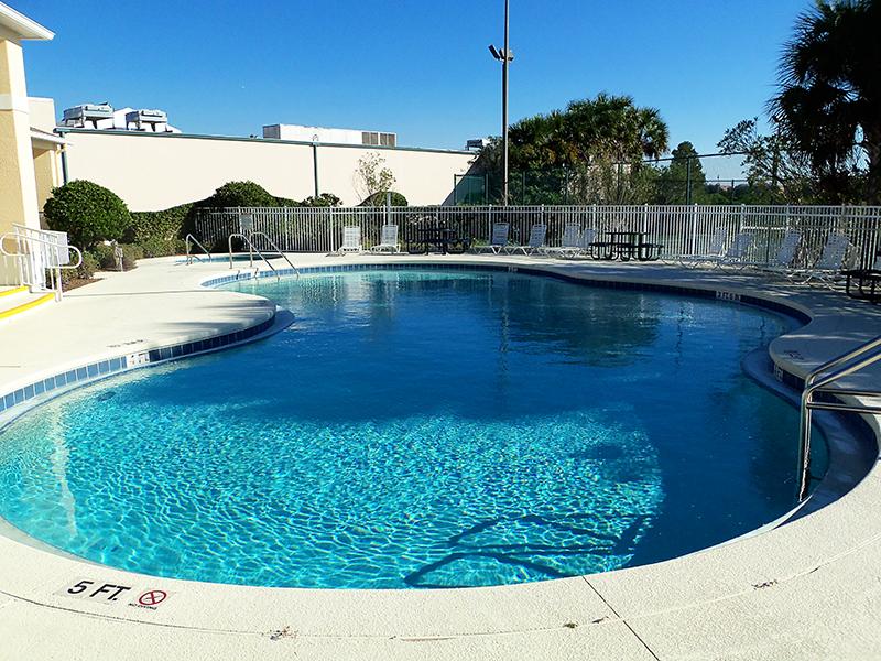 Sun Lake pool