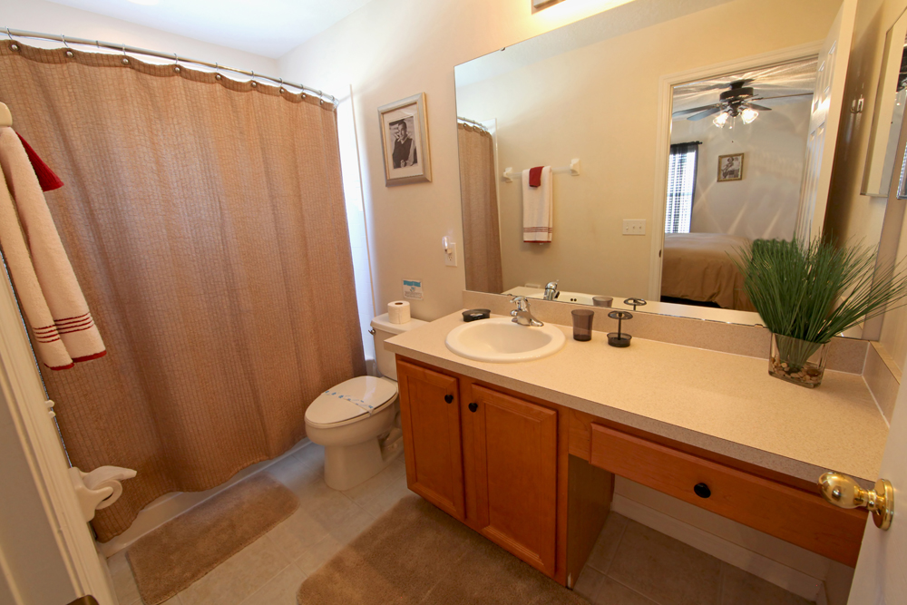 King-Master-Bathroom