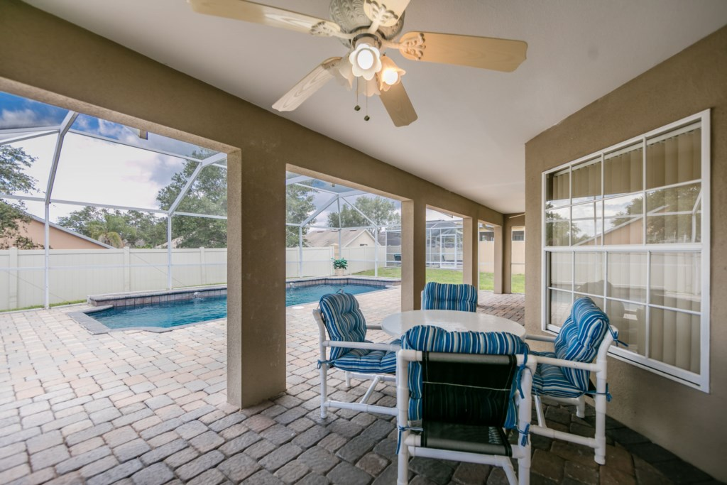 Plenty of space for large gatherings to entertain and have fun in the pool