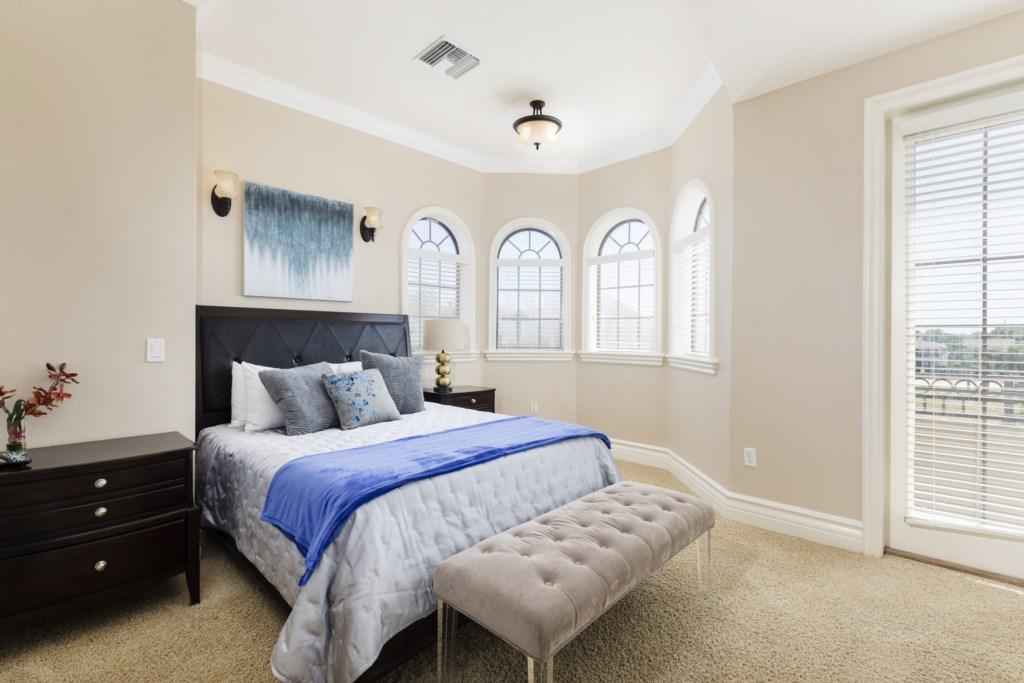 Master Bed 6.jpg