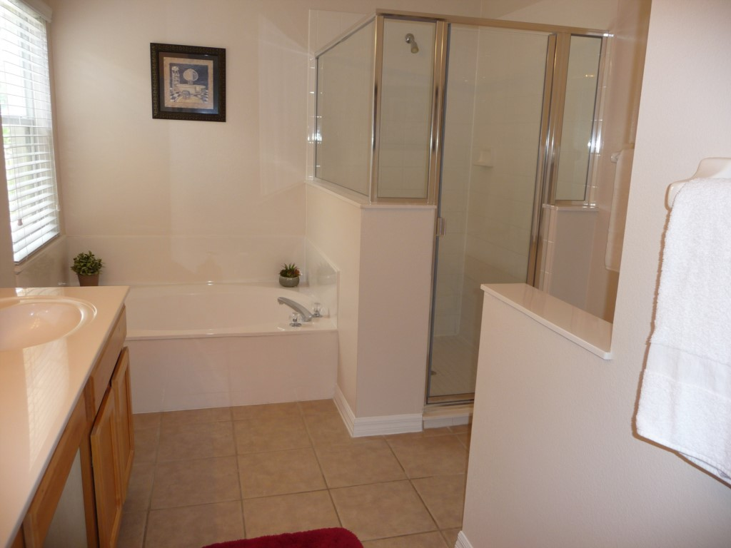 13. Master suite Shower