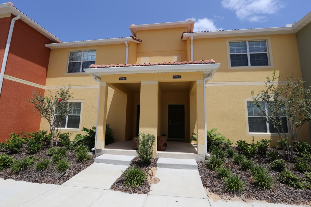 4 Bedroom Townhouse w Pool - Paradise Palms 8953