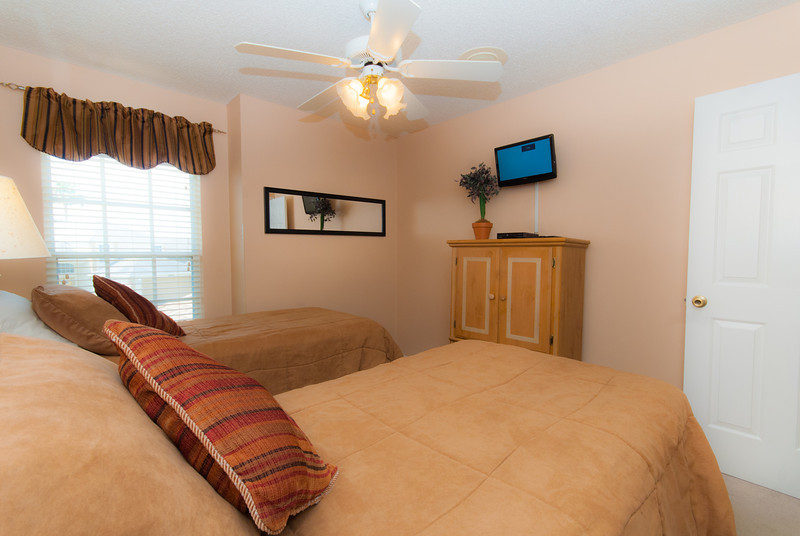Twin Bedroom with flat screen TV HD and DVD player