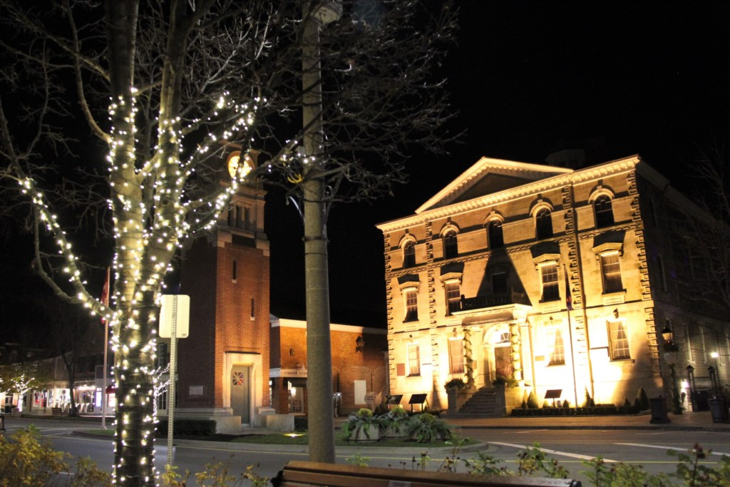 Christmas on Queen Street - Niagara-on-the-Lake