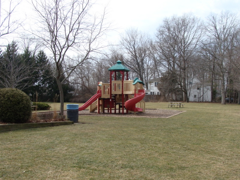 Chautauqua Park play ground - Niagara-on-the-Lake