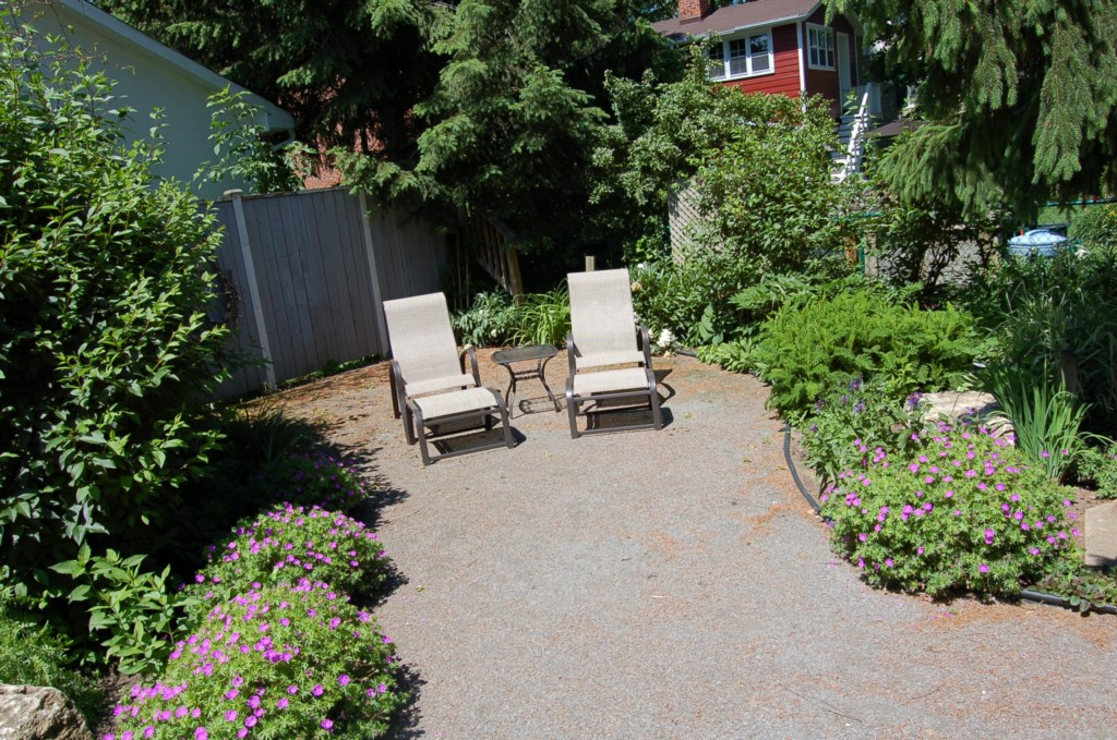 Come relax in our beautiful gardens - Gate St Cottage - NOTL