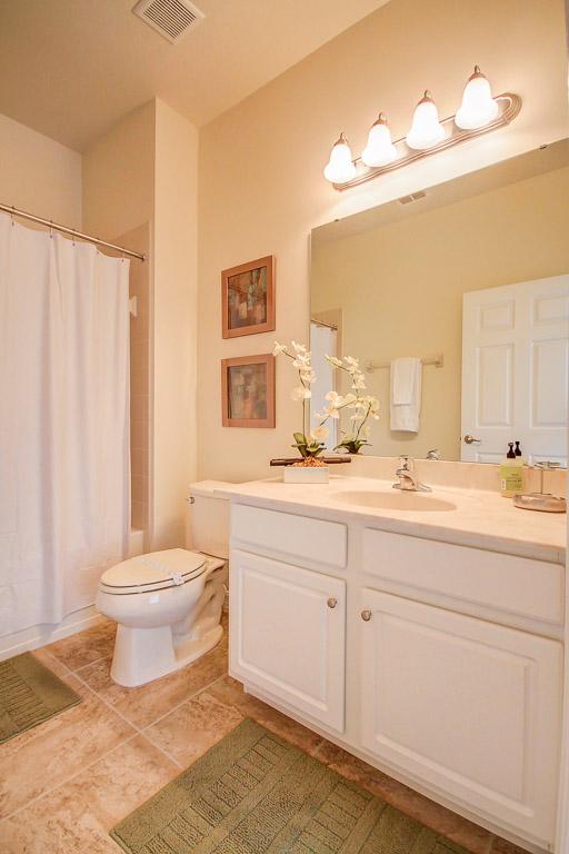 13.Half Bathroom.jpg