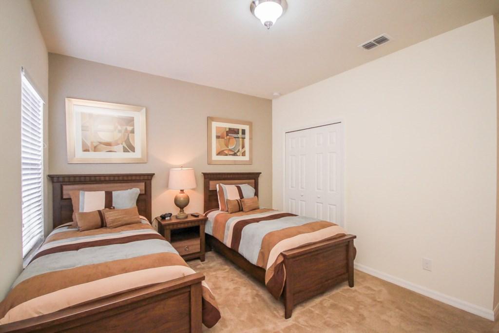 22.Fith Bedroom.jpg