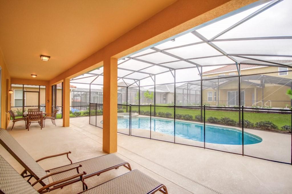 27.Pool Deck.jpg