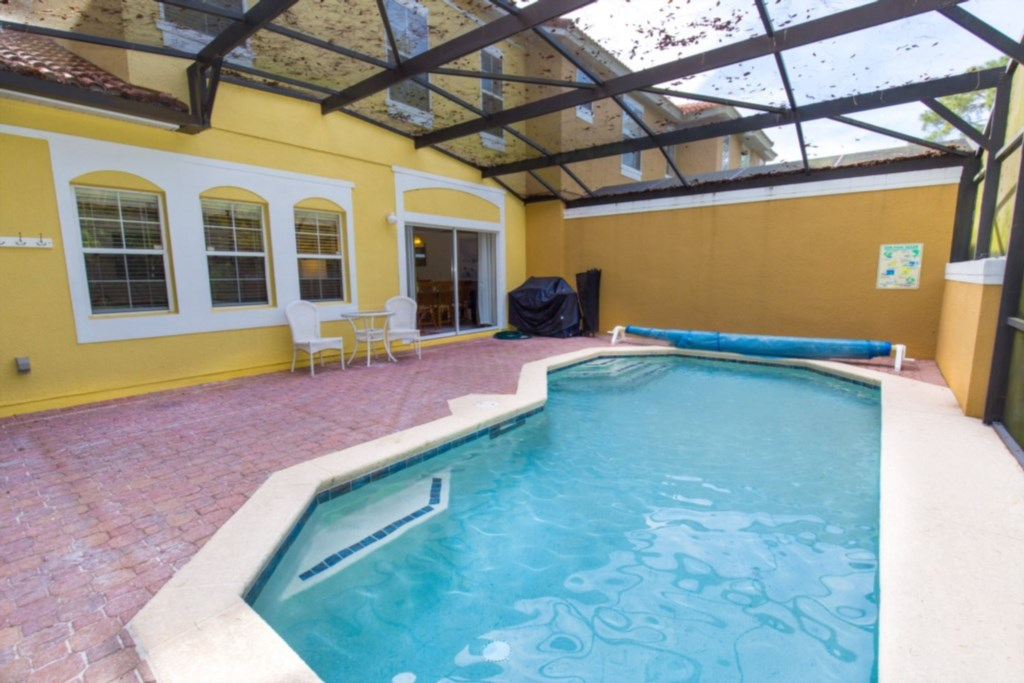 Amazing 4 Bed Town Home With Full Size Pool