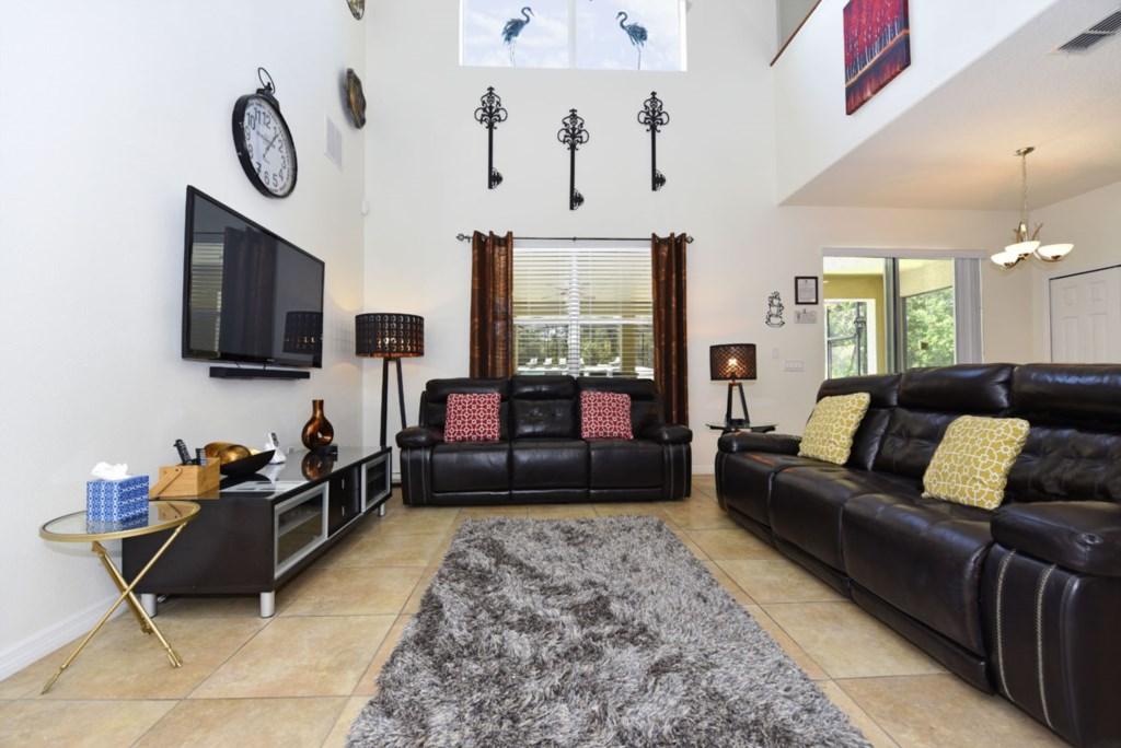 Living Room 1200.jpg