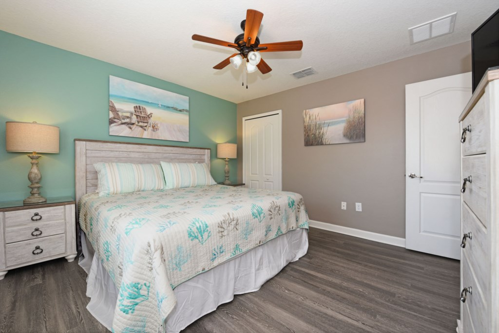 Bedroom 6 2000.jpg