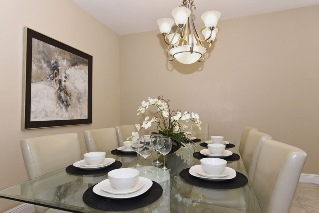 Dining Room 1200.jpg