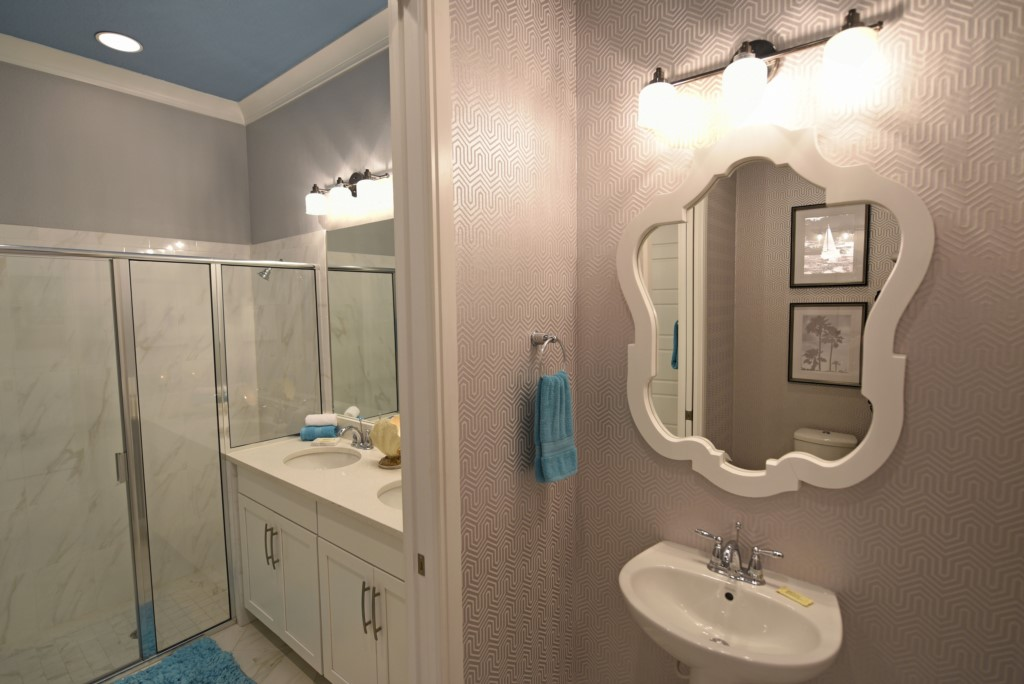 BathroomMasterB