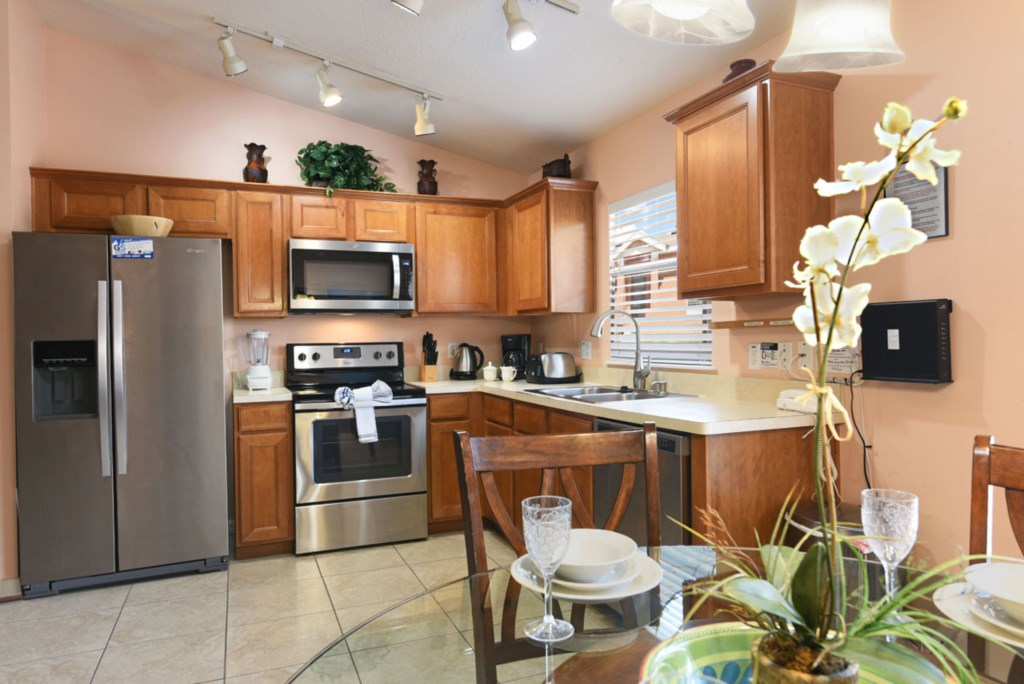 Kitchen 3 1200.jpg