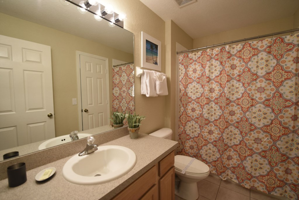 Bathroom31200