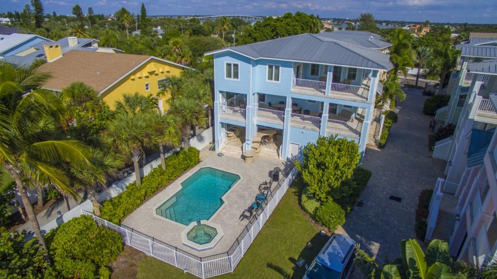 Luxury Beachfront Rentals
