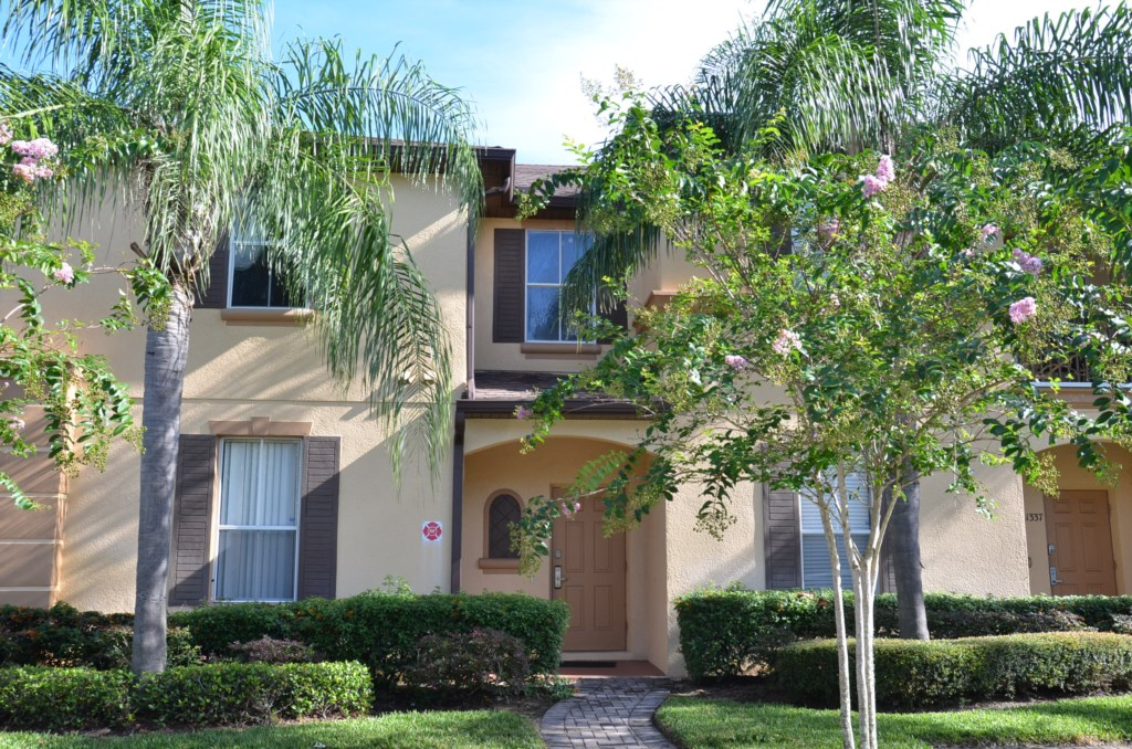 1327 Calabria Townhome