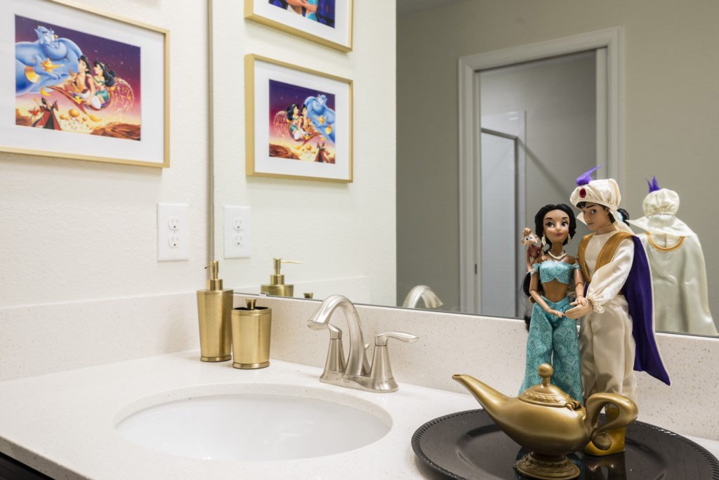 Bathroom 3-2.jpg
