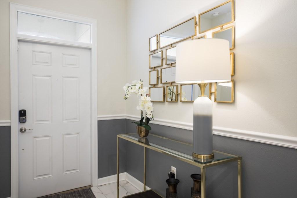Foyer-2.jpg