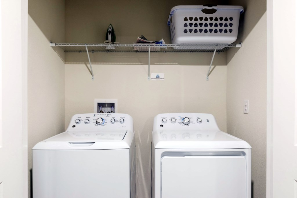 Washer & Dryer.jpg