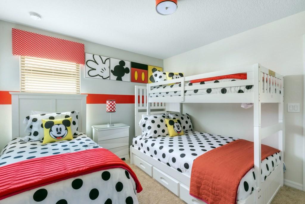 WindsorAtWestsideThemedBedroom1WAW008