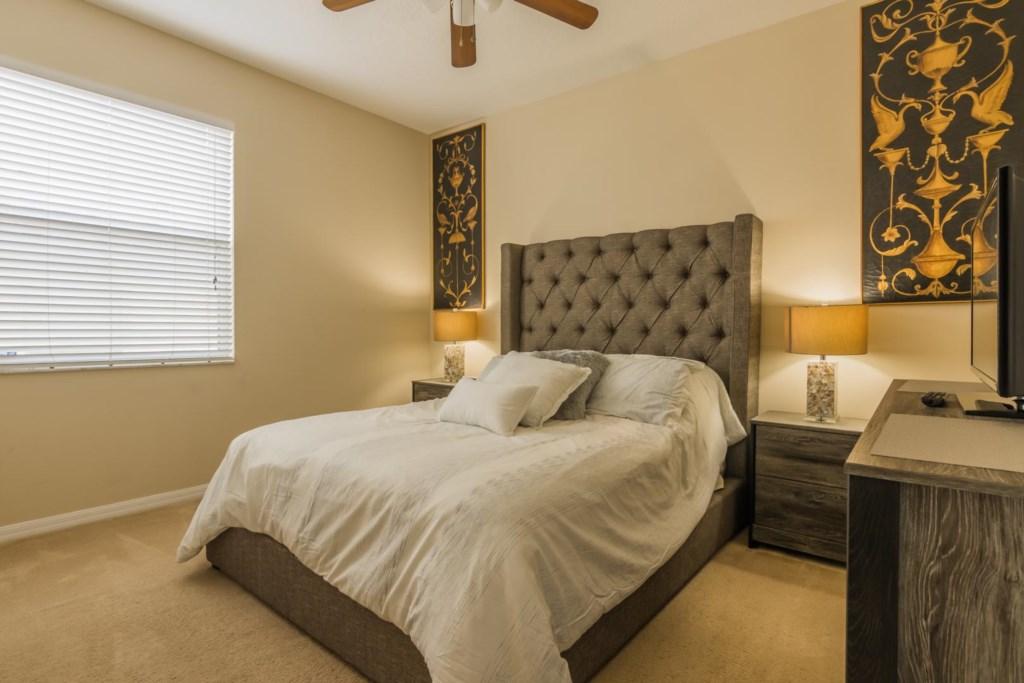 Stephen's Highlands Reserve Villa - Bedroom 2 w/ Queen Bed (2)