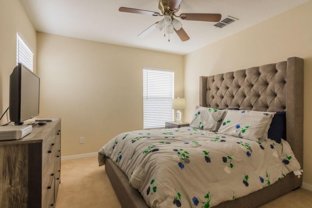 Stephen's Highlands Reserve Villa - Bedroom 3 w/ Queen Bed (2)