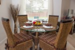 Breakfast Nook - Seats 4