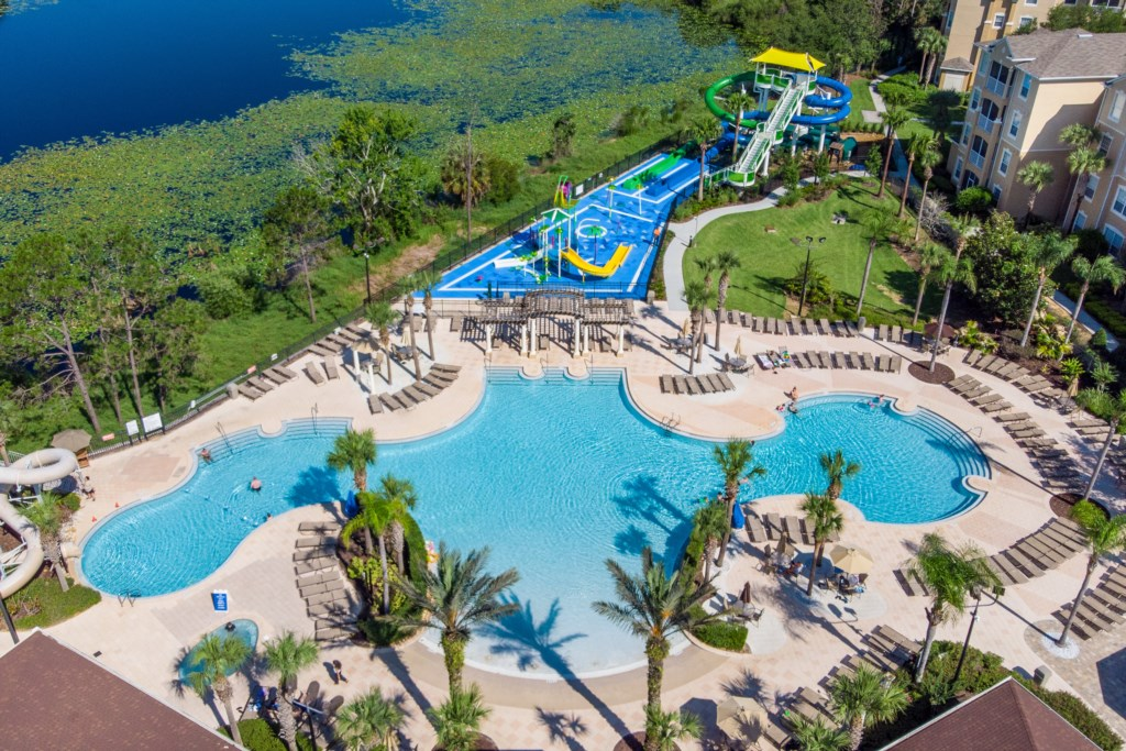Windsor Hills Resort - Aerial View of Pool & Splash Park