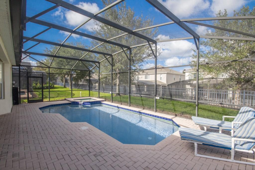 Private Heatable Pool & Spa