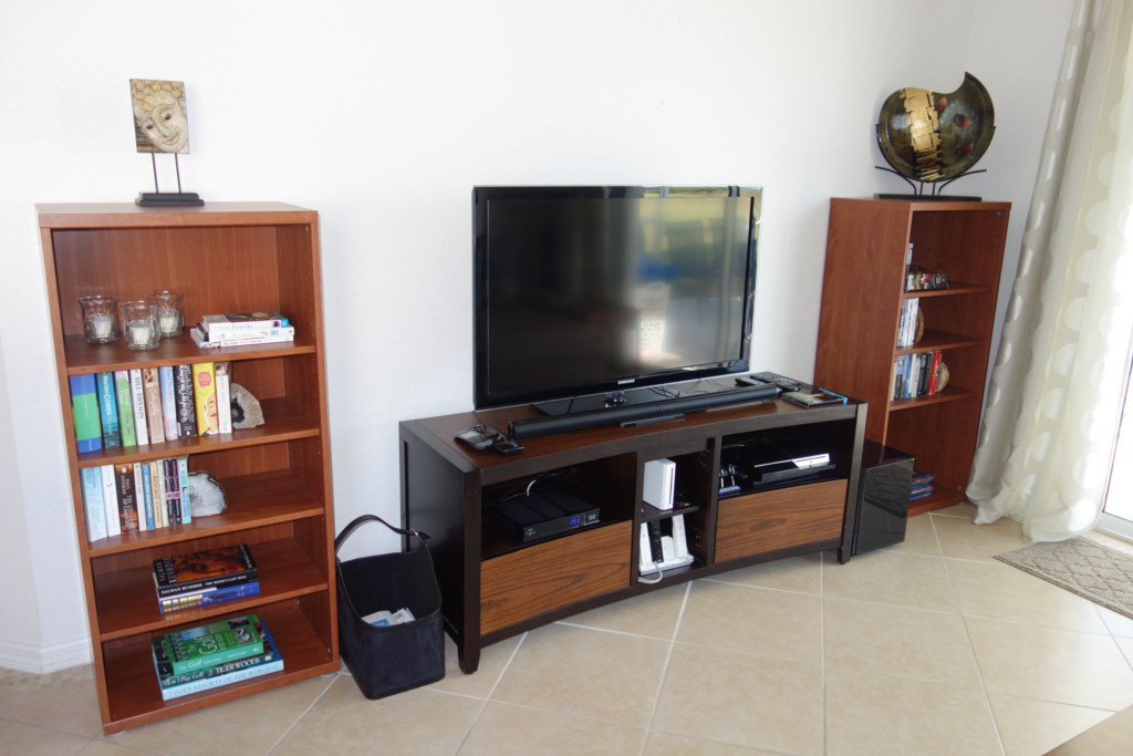 Living-Room-TV-Playstation-Wii