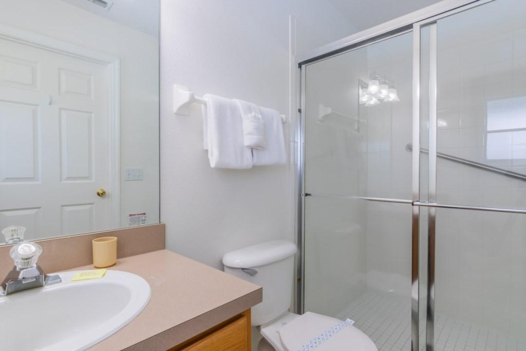 Heavenly Venture - Master Bathroom