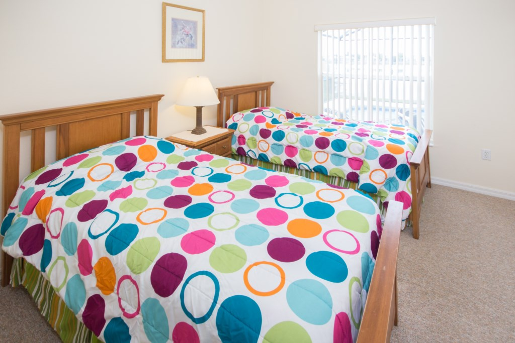 3rd Bedroom - 1 Full Bed - 1 Twin Bed