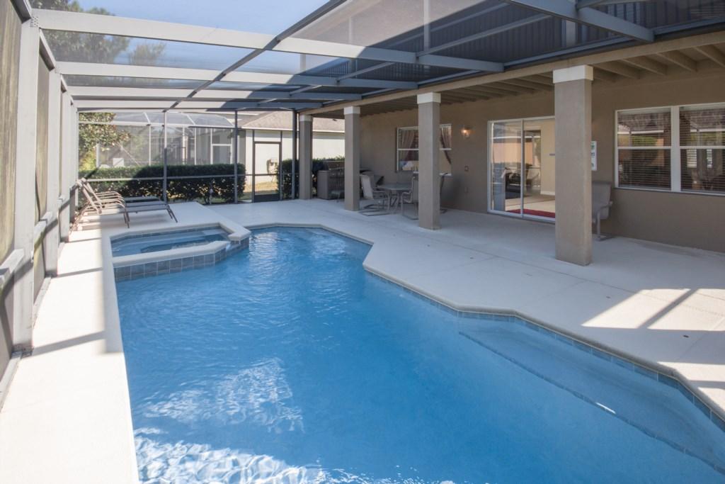 Private Screened Heatable Pool