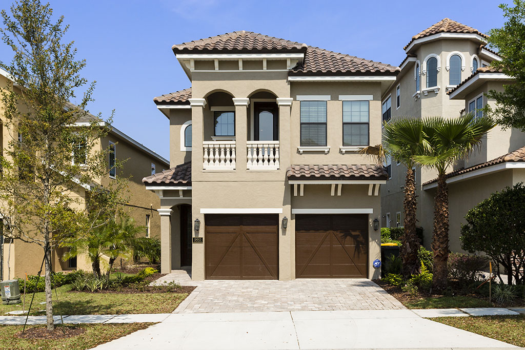 Family themed 5 bedroom vacation home reunion resort in kissimmee for 20 bedroom vacation rentals florida