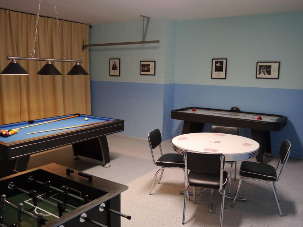 23_Games_Room_0821.JPG